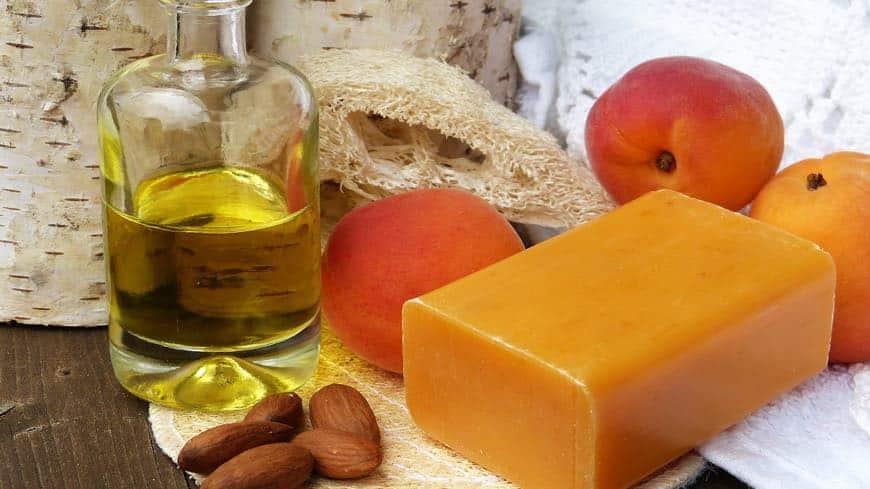 aceite esencial de almendras para hacer jabón